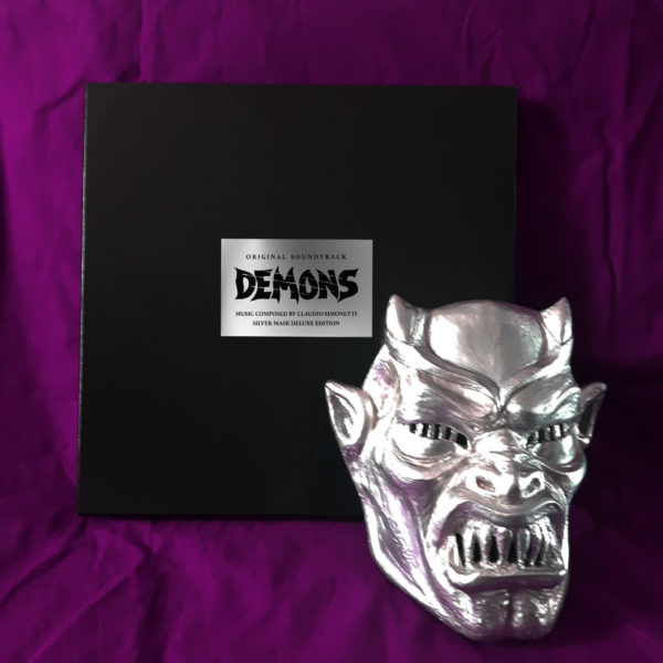 DELUXE MASK EDITION